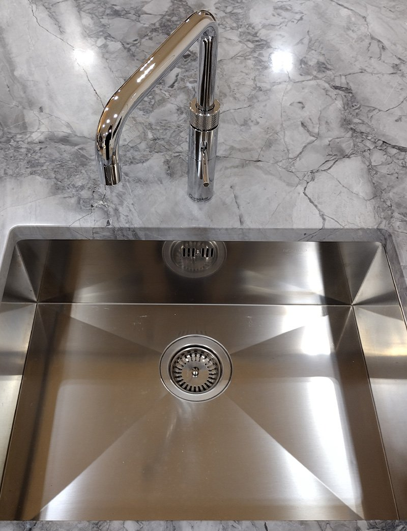 1810 sink with quooker tap