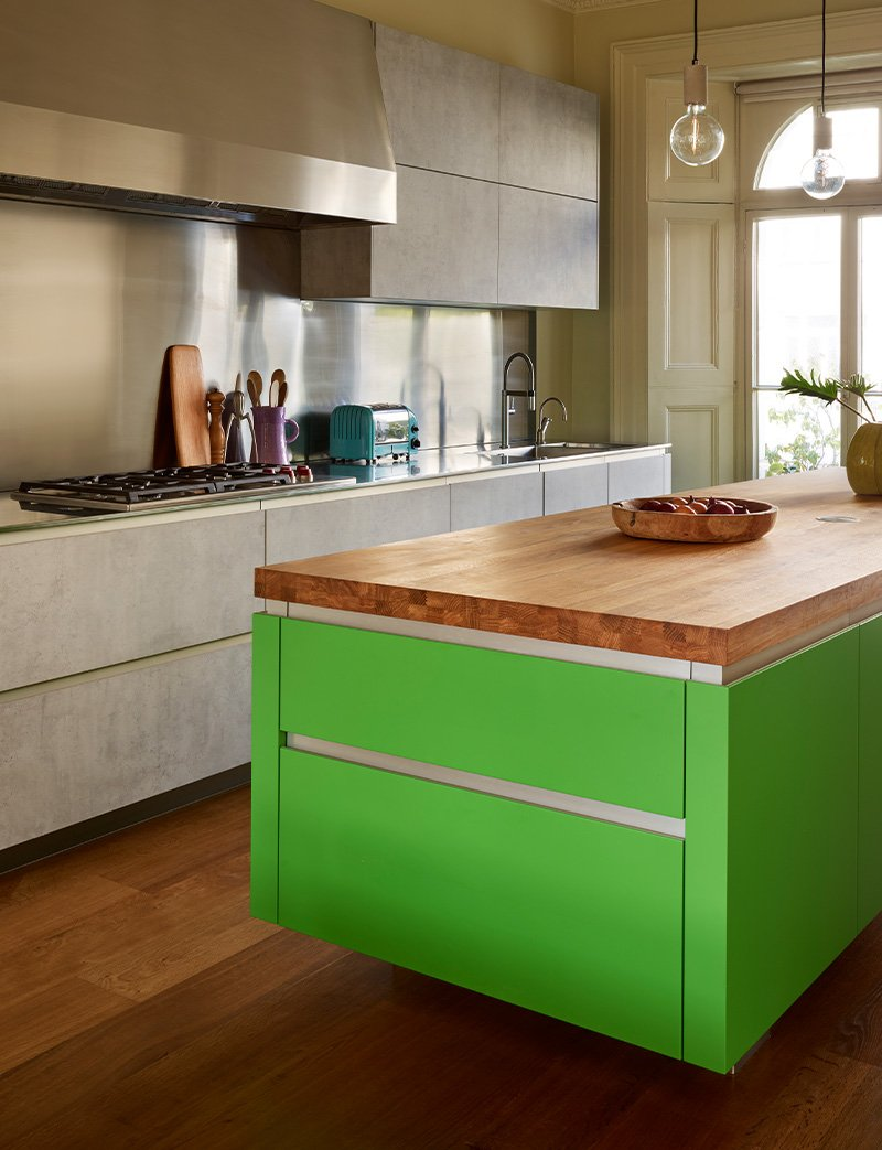 kitchen island with large cooker