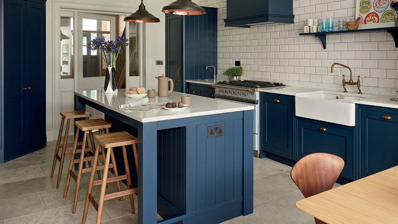kitchen island with seating area