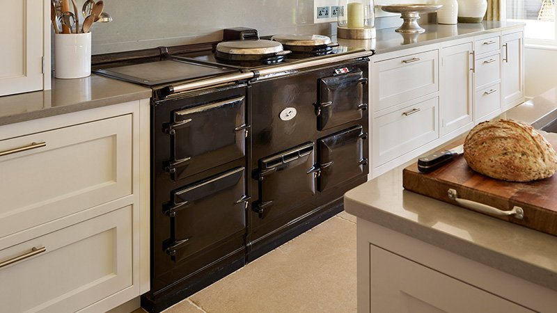 very large cooker in a new kitchen