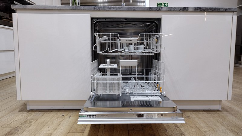 exdisplay pronorm kitchen with dishwasher